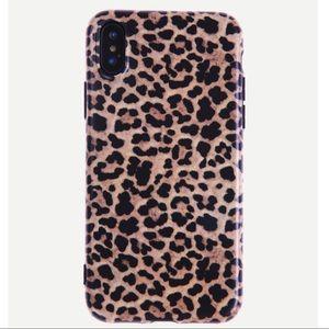 iPhone X • XS MAX • XR phone case leopard print